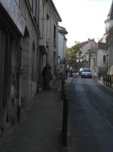 et enfin une rue de Montigny où se sont installés de nombreux peintres!